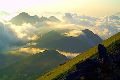На горе чугуш шугус 3240 м 13 км к северу